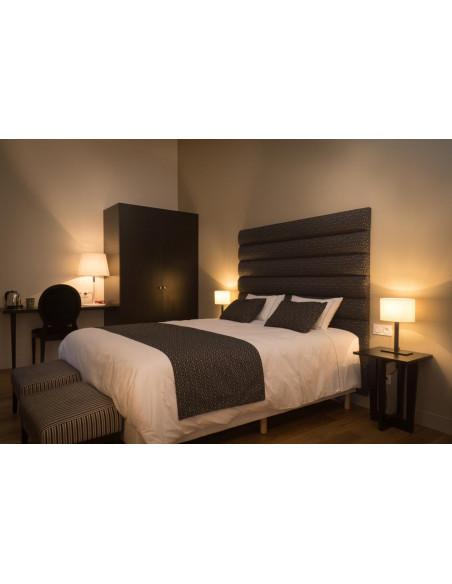 Une des chambres confortables, lit King Size
