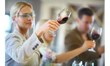 Atelier assemblage vin de Bordeaux