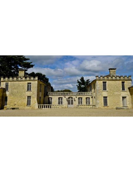 Une autre façade d'un Château de la catégorie la plus prestigieuse, Saint-Emilion Grand Cru Classé