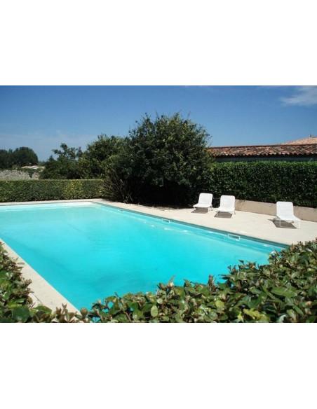 La piscine du Château aux beaux jours
