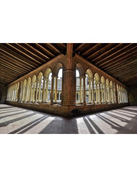 Le cloître de Saint-Emilion pour les amateurs de pierre