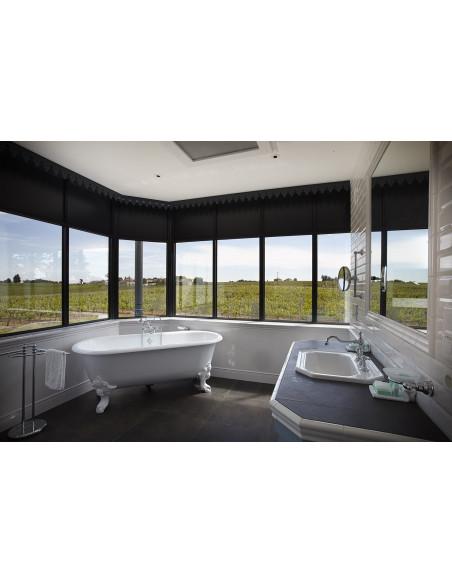 Salle de bains panoramique vue sur vignes...