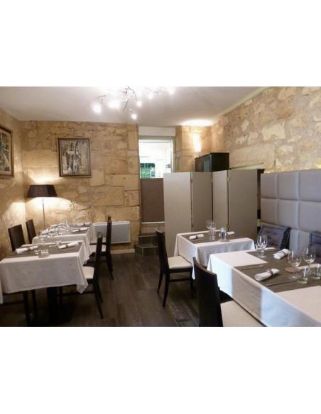 Un restaurant gastronomique au coeur de la ville médiévale de Saint-Emilion