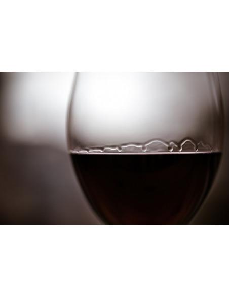Apprenez à déguster un vin, tout commence par la couleur, qui vous aiguillera sur l'âge du vin :)