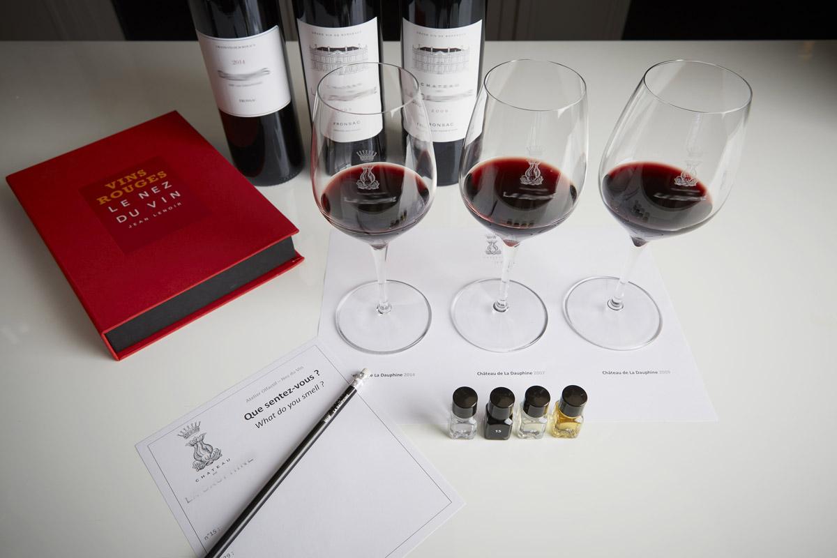 Dégustation de vins rouges avec jeu d'arômes