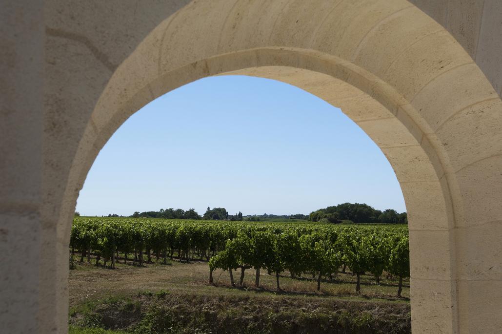 Porche du vignoble lors du week-end vin et spa