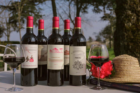 Dans un Château Bordeaux, Grand Cru Classé Margaux, découvrez les vins du vignoble Bordelais, apprenez à les déguster avec cours œnologie et atelier du vin.