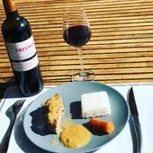 Veau marengo 😋 et Le petit Trianon, 🍷Saint-Emilion Grand Cru   2016 : Belle robe sombre, nez de fruits un peu fermé à l'heure actuelle, la bouche est surprenante car assez puissante même si les tanins commencent à être fondus, ce vin n'est pas encore à son apogée. La finale est un peu courte mais le vin est très agréable, je le regoutterai plus tard sur une autre bouteille 😉❤️ #saintemiliongrandcru #degustationdevin #vinrouge🍷 #decouverte #winetasting #winelover #accordmetsvins #delice #plaisirdelavie #bordeauxwines #bordeauxwinetour #bordeauxwinelovers